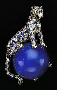 duchess-of-windsor-diamond-and-sapphire-panther-pin-1949-cartier