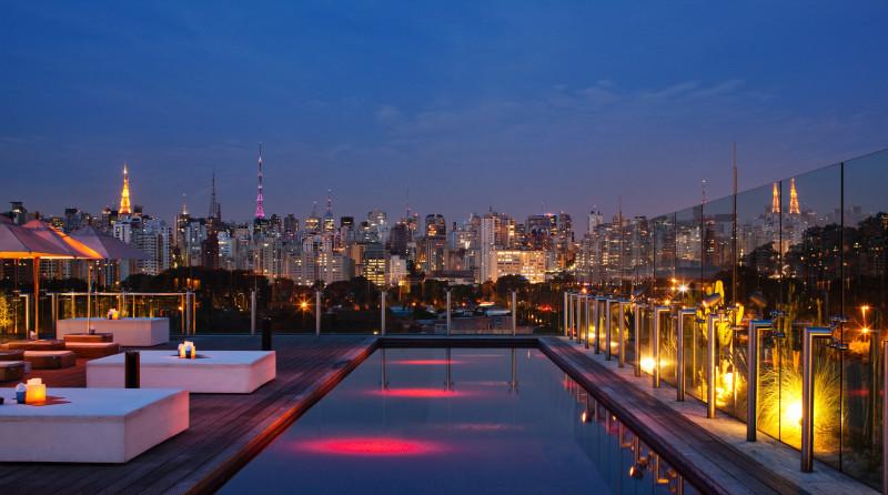 hotel-unique-skye-restaurant-bar-rooftop-e1450114819374